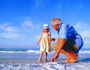 Little_Girl___Grandfather___Beach_SKNeF1TVDAE8URZA-IMo0ep_cmyk_l